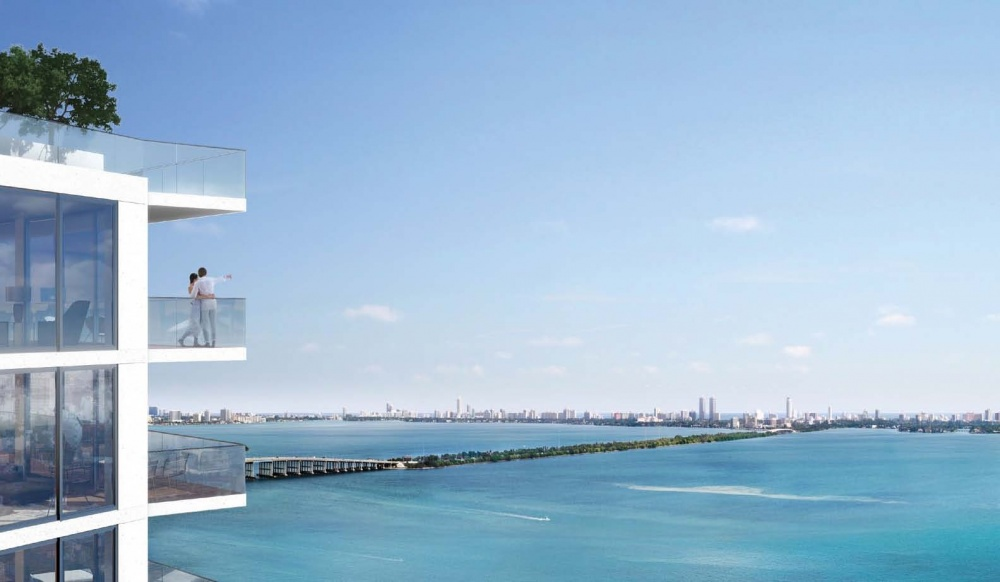 Icon Bay Condo Downtown Miami