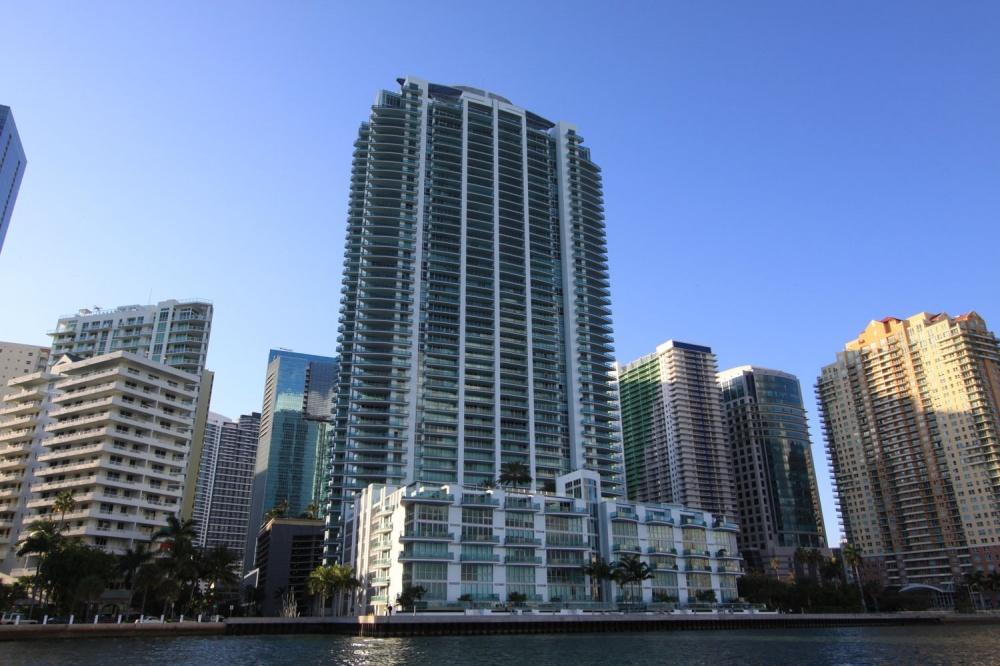 JADE BRICKELL CONDO MIAMI Sales & Rentals