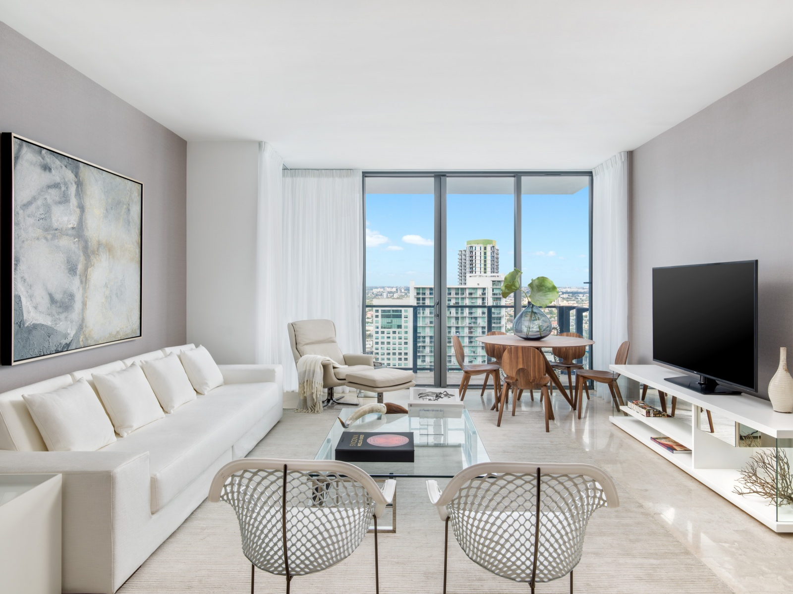 Reach Brickell city centre condo line 04 Living room pictures miami real estate investments