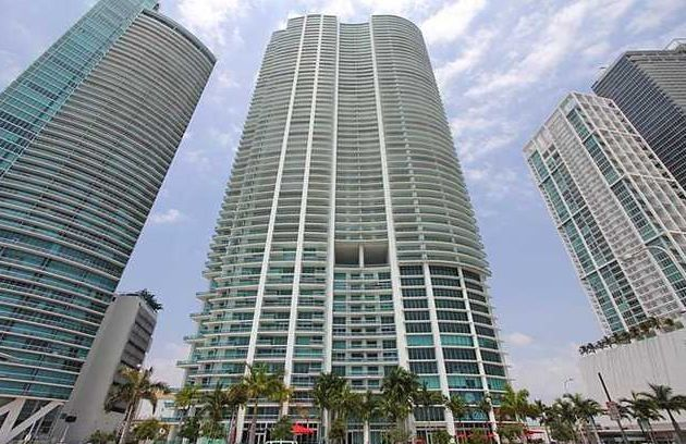 900 BISCAYNE CONDO DOWNTOWN MIAMI