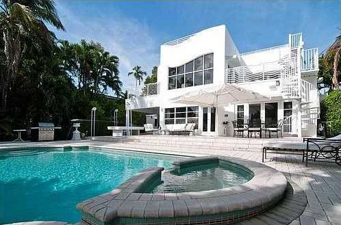 LUXURY HOMES FOR SALE IN BAY HARBOR ISLAND