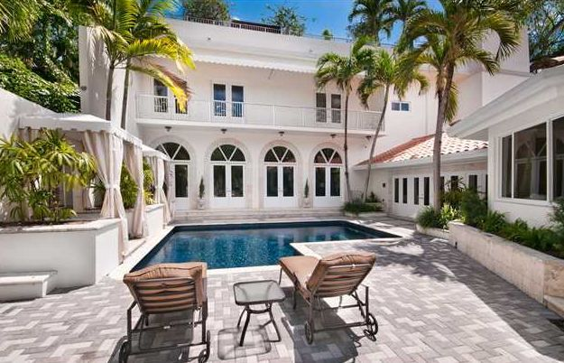 COCONUT GROVE LUXURY RENTALS