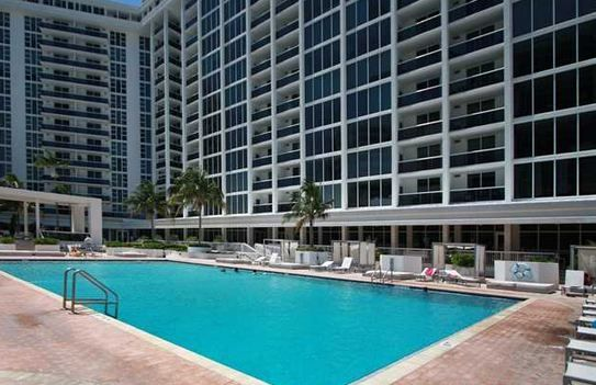 HARBOUR HOUSE CONDO BAL HARBOUR