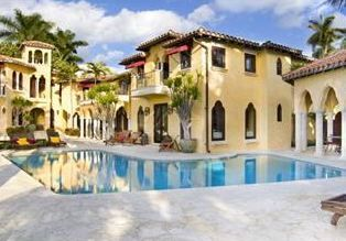 MIAMI BEACH LUXURY RENTALS