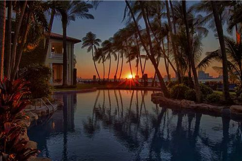 LUXURY HOMES FOR SALE IN MIAMI BEACH