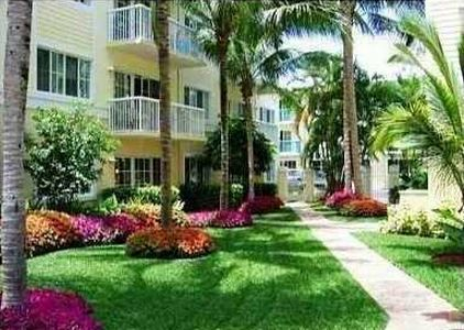 CONDOS FOR SALE AND FOR RENT AT PINE CREST VILLAGE FT LAUDERDALE