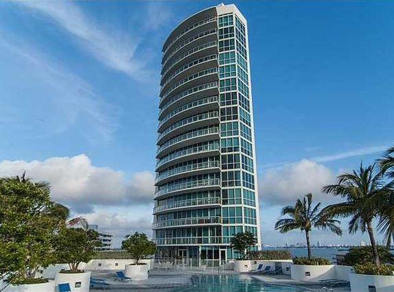 PLATINUM CONDO DOWNTOWN MIAMI