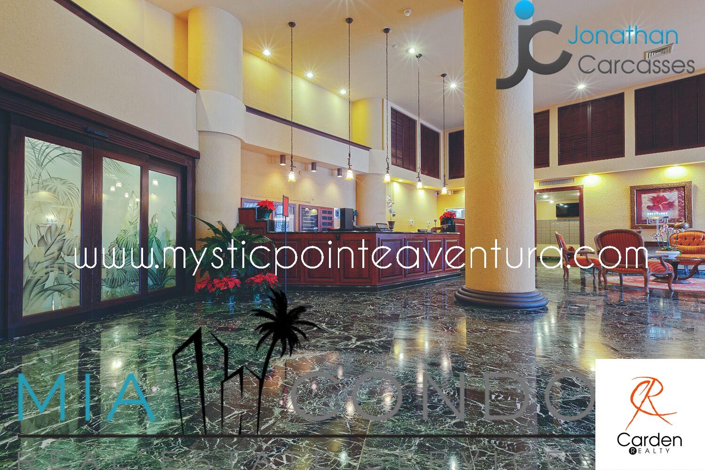 Mystic Pointe Tower 100 - Hallway