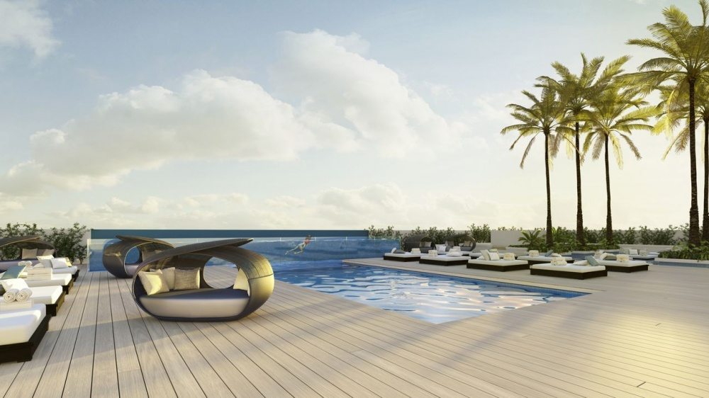 The Bond at Brickell Roof Top Pool Area